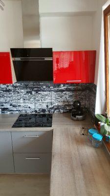 Piros konyhabútor magdibutor fotocsempe